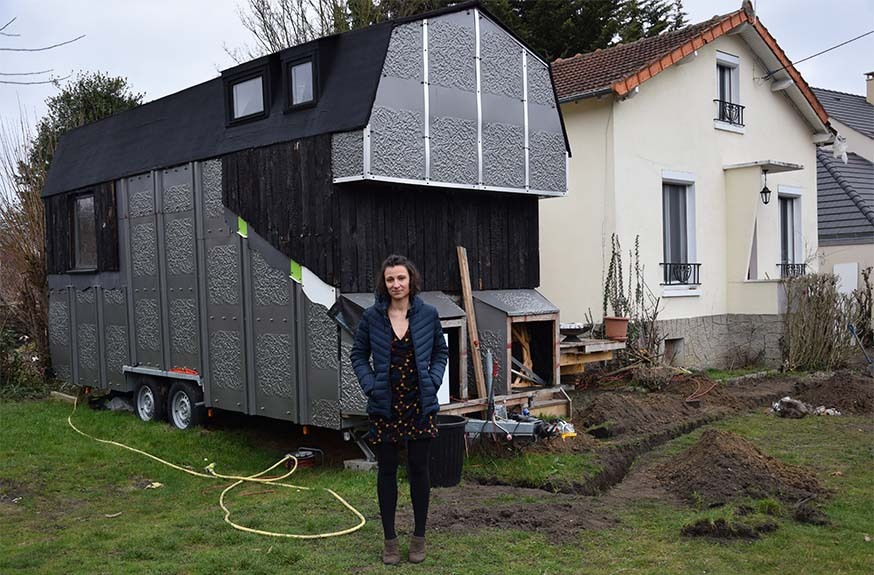 elle a construit une tiny house unique en france tout en r cup maison jardin conseil. Black Bedroom Furniture Sets. Home Design Ideas